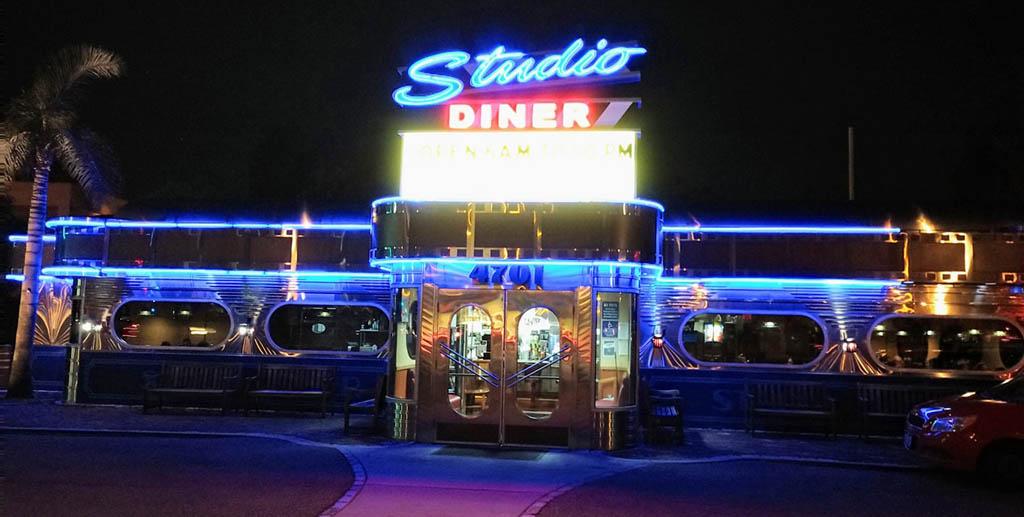 stu seagall studio diner